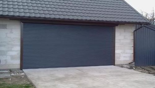 Susukami garažo vartai ISVETA